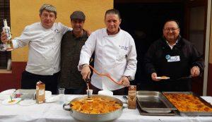"""La Asociación de Hosteleros de Burriana ha ofrecido rodajas de """"Naranjas Caramelizadas"""" recién cogidas de Supernaranjas"""