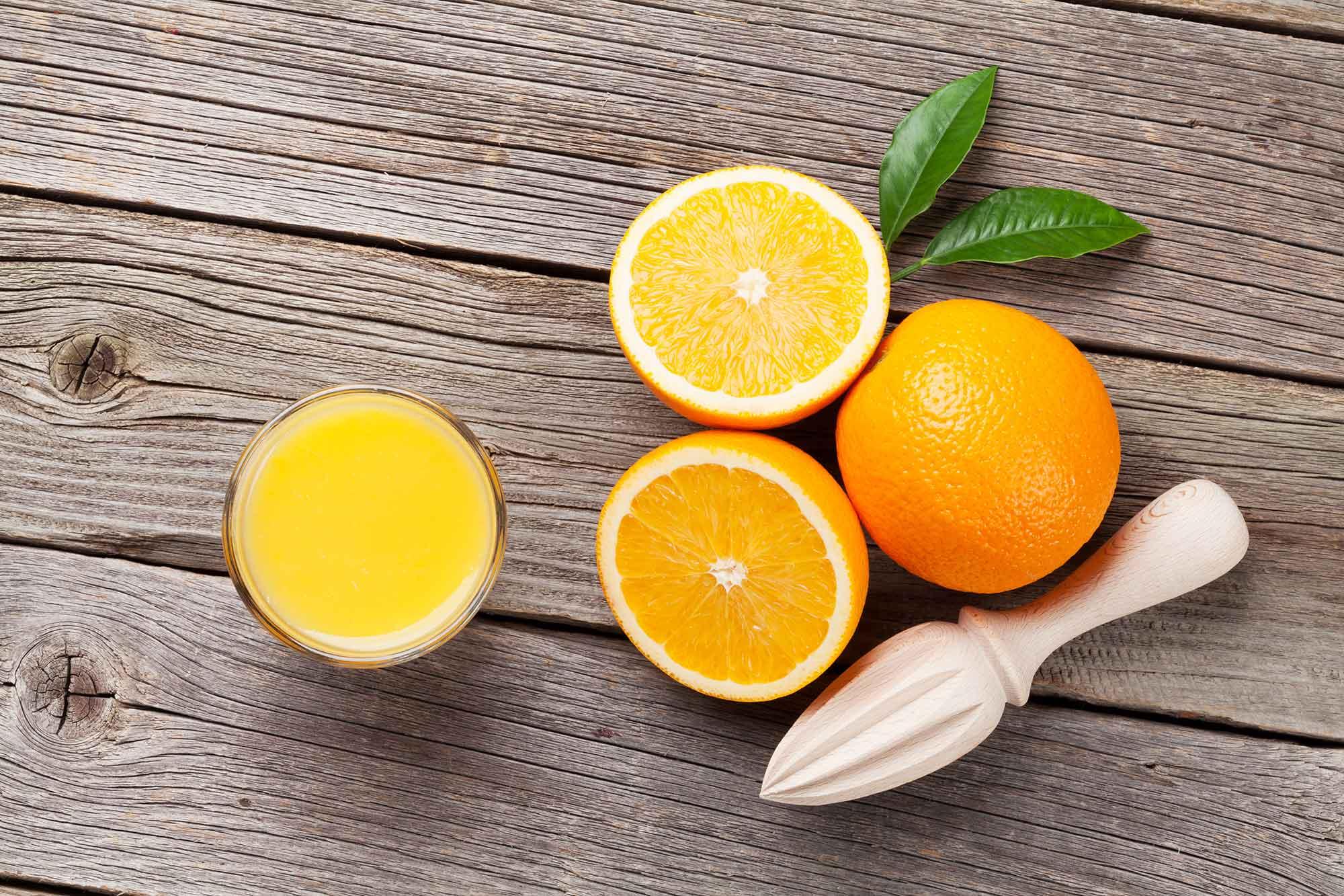 Tomando Zumo de Naranja natural tendrás ¡energía y buen humor para todo el día!
