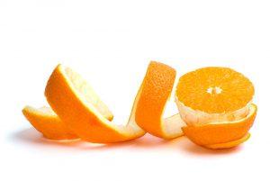 prepara un delicioso postre con cascaras de naranja reutilizadas