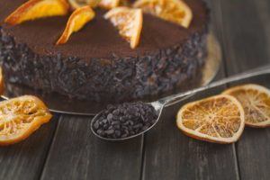 Brownie con Naranja natural y Avellana